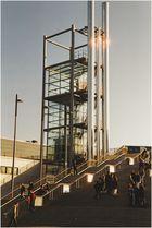 Aufgang zur Expo 2000