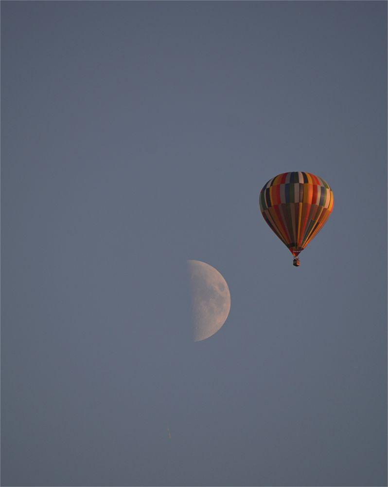 Aufstieg zum Mond...