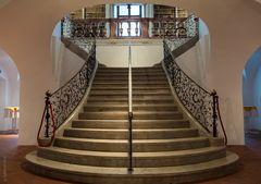auftreppen (upstairs)
