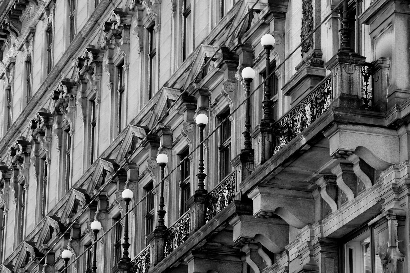 Aufwendige Fassadengestaltung