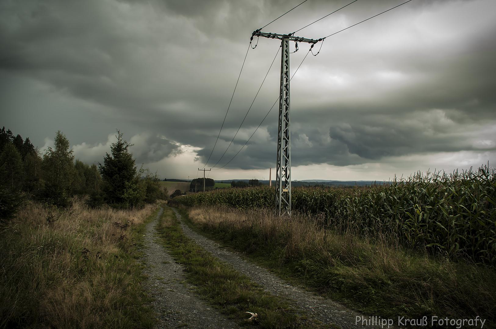 Aufziehendes Gewitter über Lobenstein