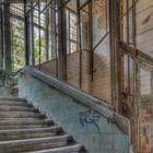 Aufzug in einer verlassenen Klinik