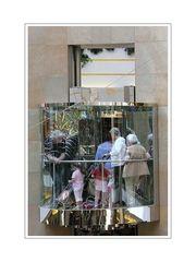 Augen-blicke (lift in Rathaus Gallery -- Eberfeld-City)