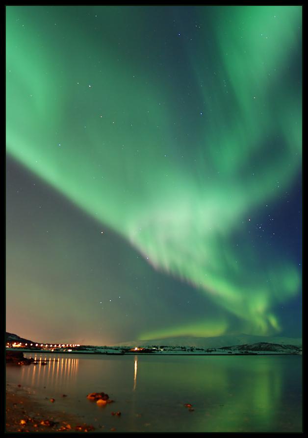 Aurora over Kvaløya