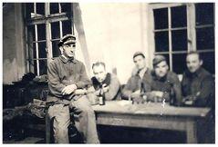 Aus dem Karton - from the old shoebox 5 : Großvater bei der Arbeit - Grandpa at work
