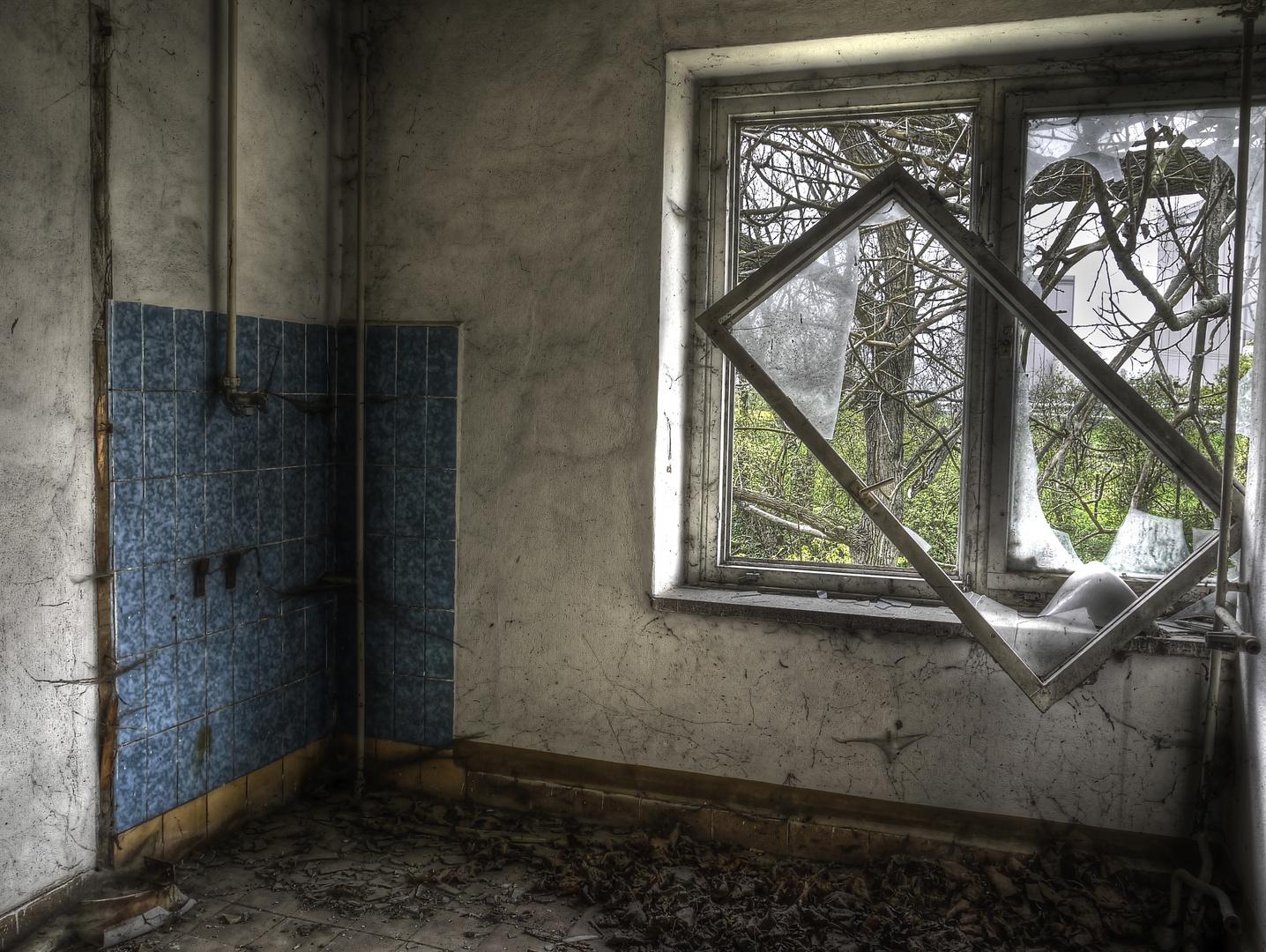 aus dem rahmen fallen foto bild bearbeitungs techniken hdri tm zeitz bilder auf. Black Bedroom Furniture Sets. Home Design Ideas