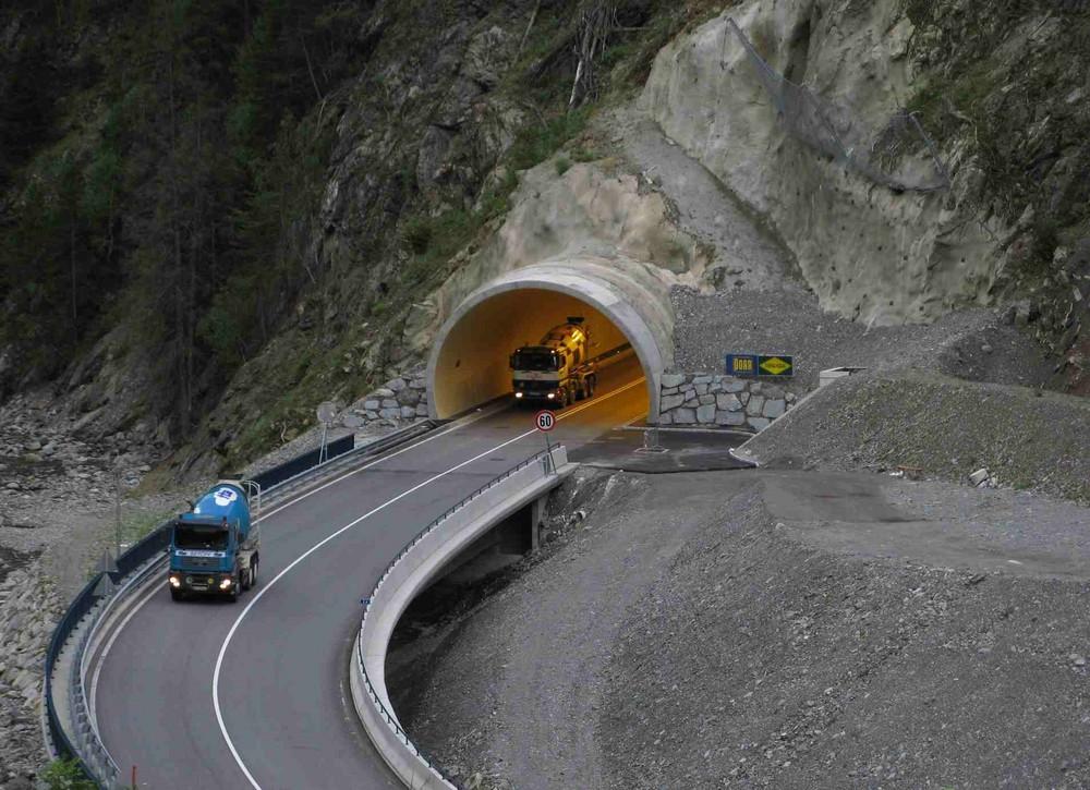 aus dem Tunnel...