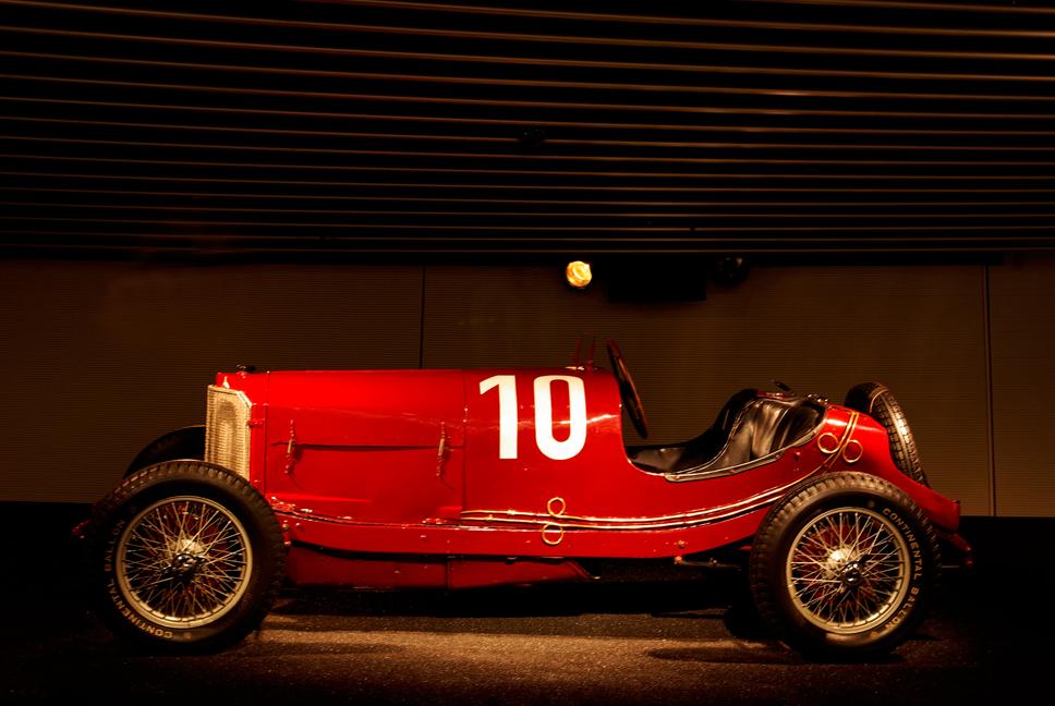 - aus der Dynastie der Rennwagen von Mercedes -