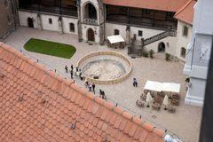 Ausblick (vom Dom-Turm) auf den Vorhof der Albrechtsburg