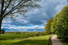 Ausblick, Wolkenspiel und Schatten