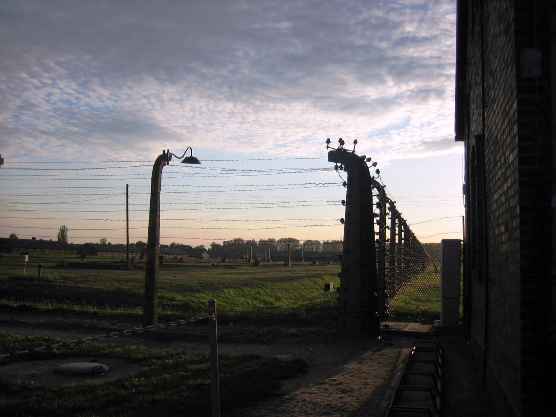 Auschwitz, atardecer entre la vida y la muerte