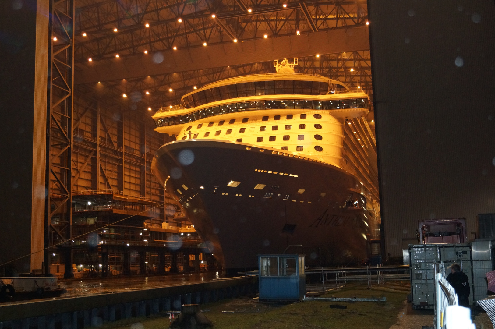 Ausdocken auf der Meyer Werft Teil 25 (letztes Foto)