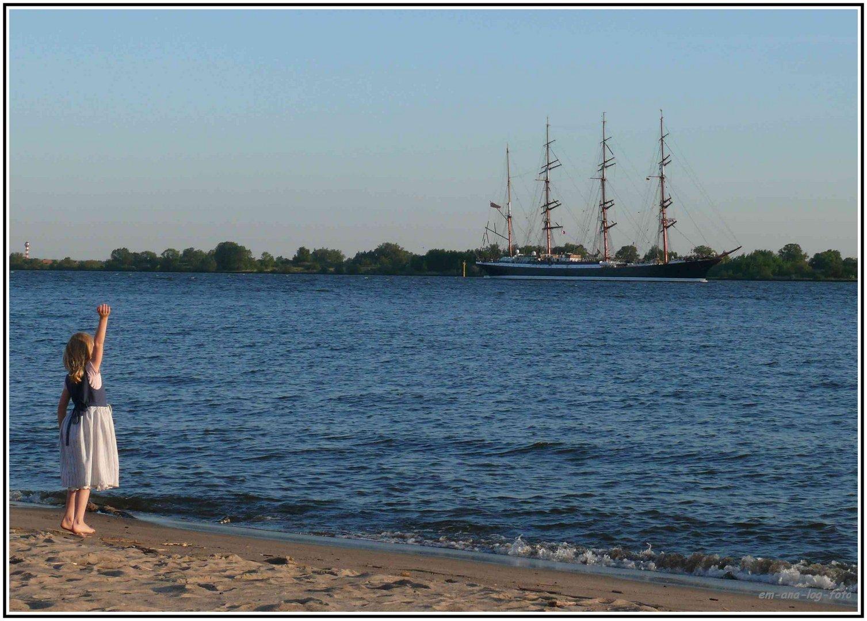 Auslaufen der Sedov - Hafengeburtstag 2011