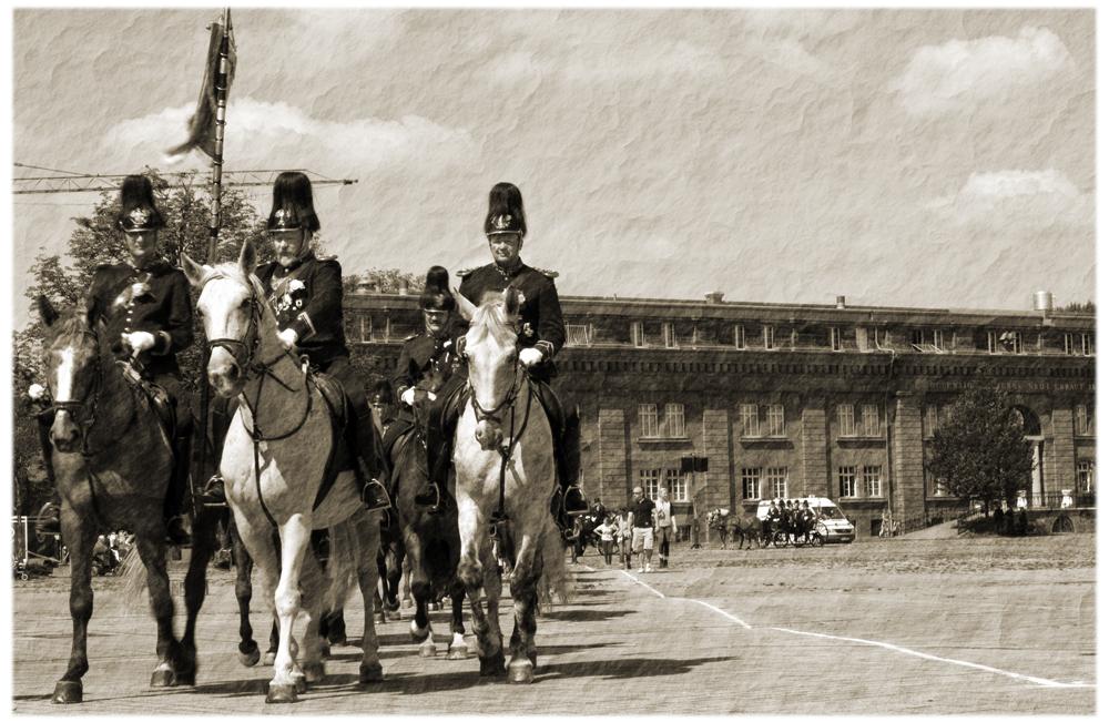 Ausmarsch zu Pferd