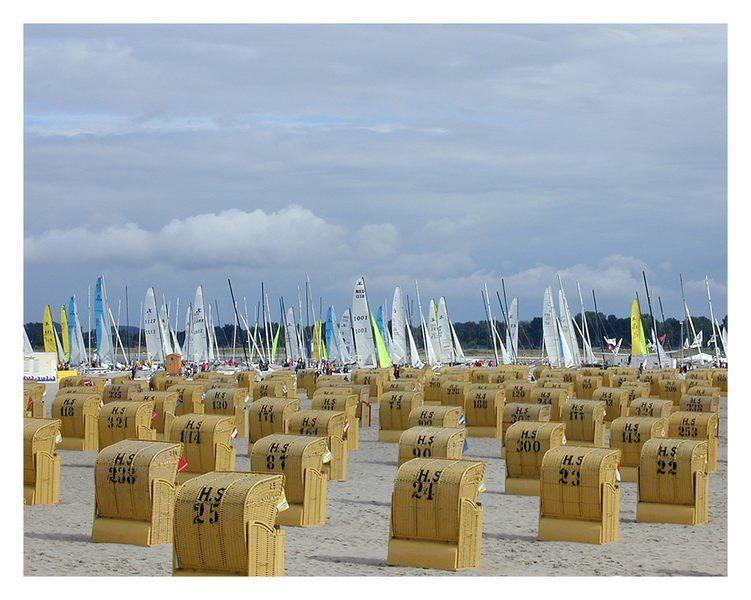Ausnahmezustand...mehr Segelboote als Strandkörbe am Strand