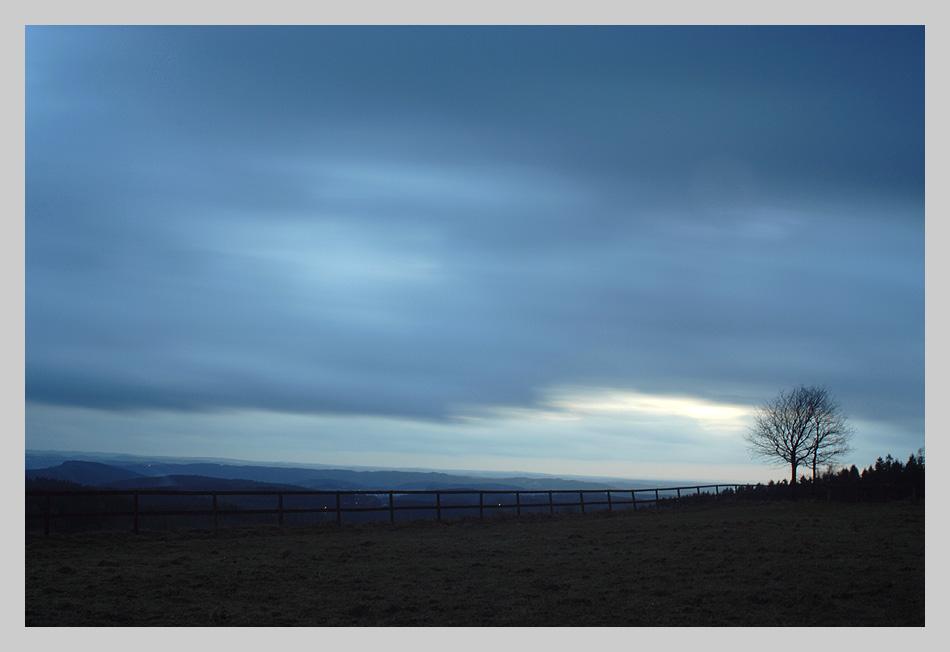 Aussicht vom Unnenberg in der Abenddämmerung