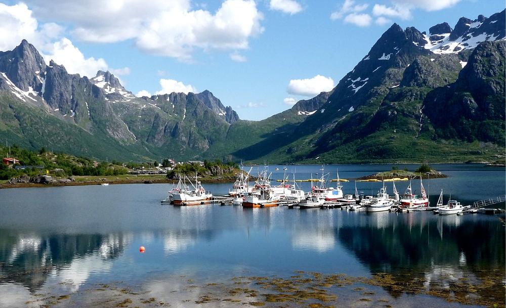 Austnes-Fjord mit Trolltindane / Lofoten