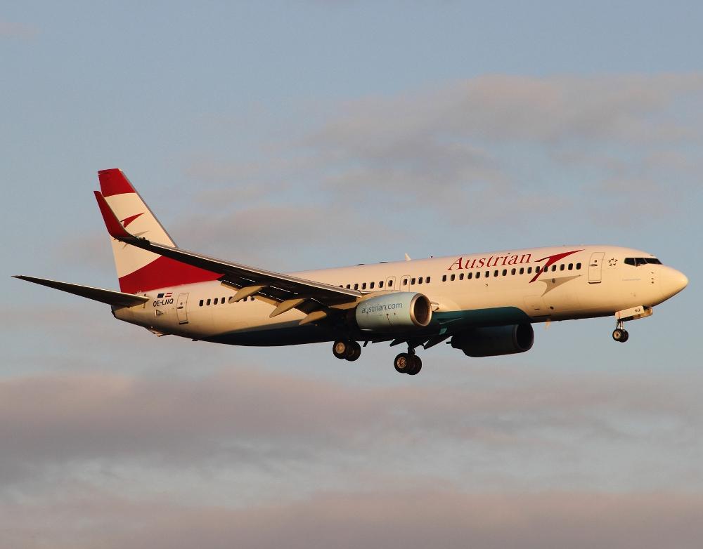 Austrian Airlines Boeing 737-800