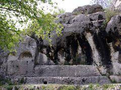 Autel à sacrifices humains, Saint Ambroix, Gard