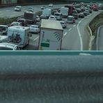 Autobahn mehrspurig einfädeln - passt schon