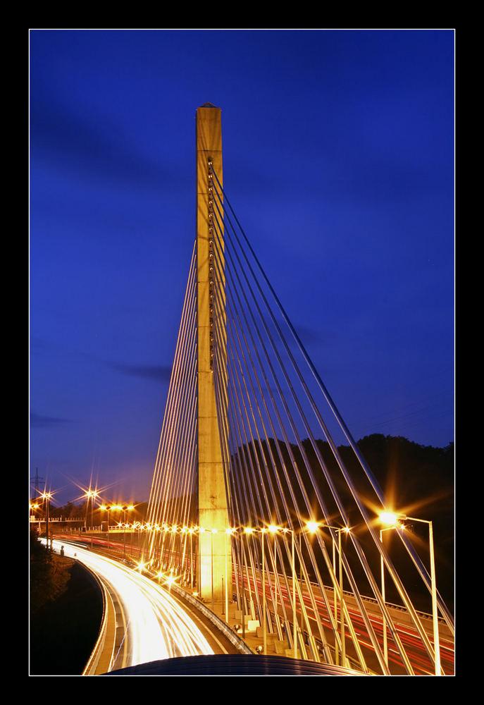 Autobahnbrücke über Hesperange die 2te