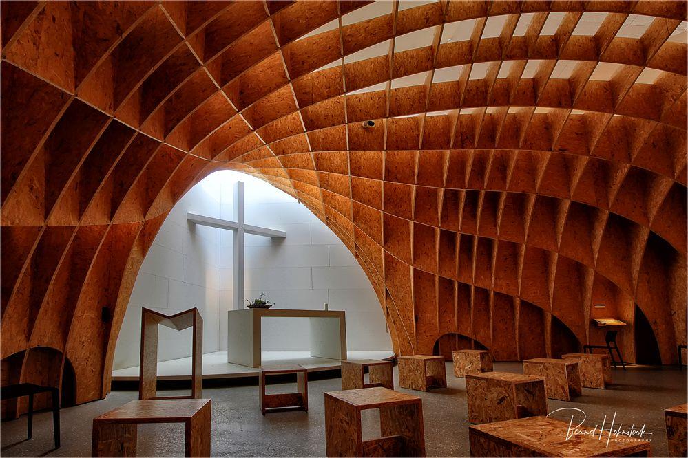 Autobahnkirche Siegerland  .....