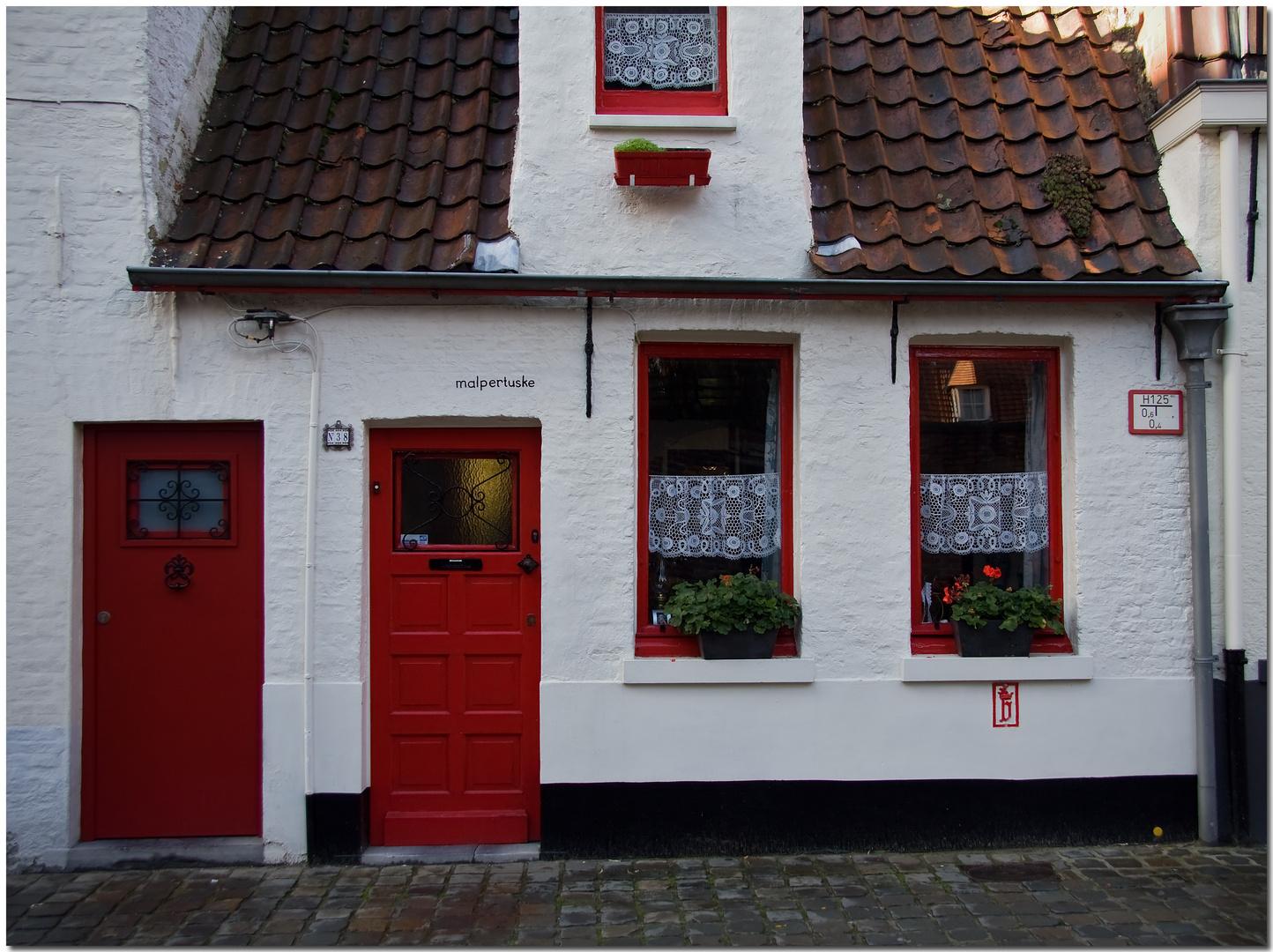 Automne à Bruges XVIII Maison en rouge