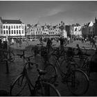 Automne à Bruges XX Bicyclettes à l'ombre