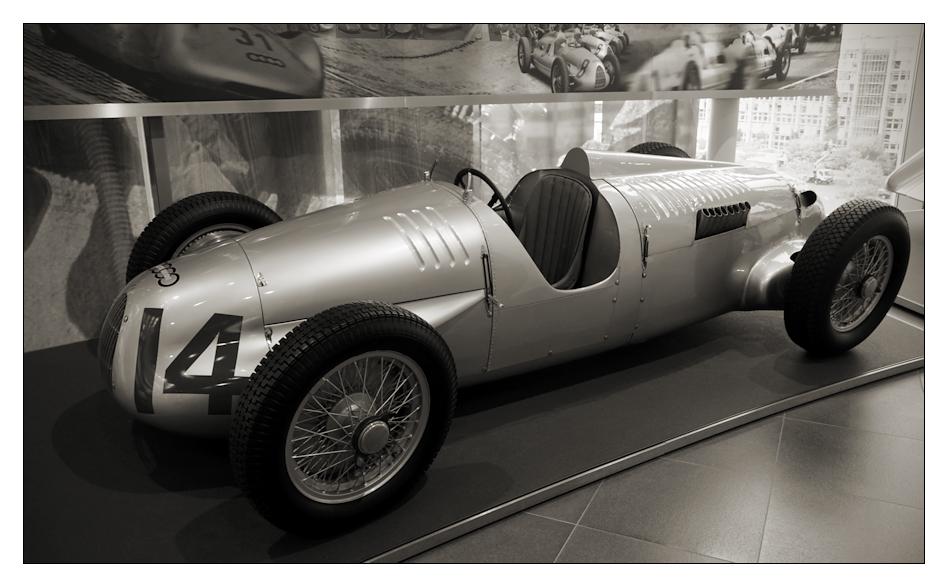 automobil .III.