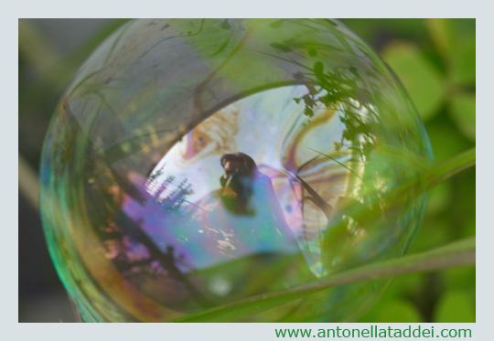 Autoritratto in una bolla di sapone