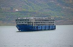 Autotransporter auf dem Jangtse (Jagtsekiang)