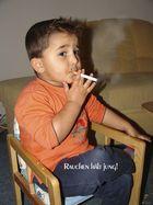 avec deux et demi ans il fume...