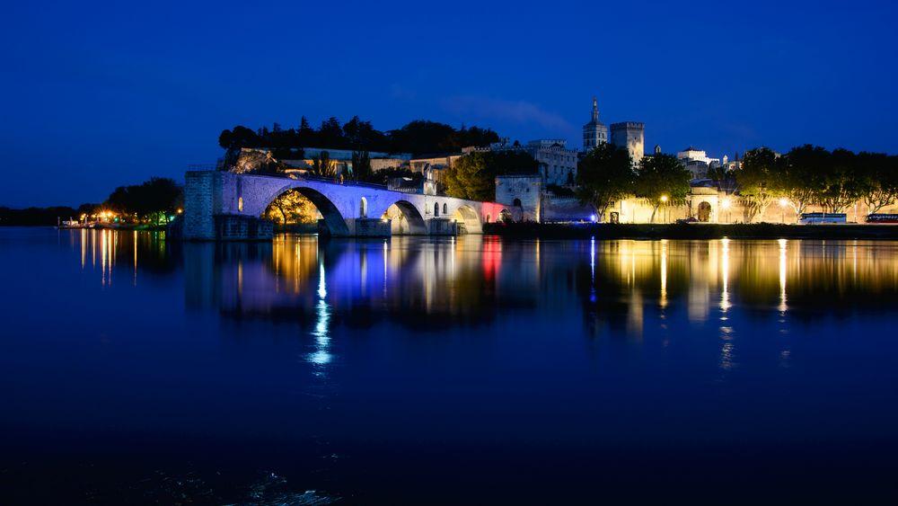 Avignon blau,weiß,rot