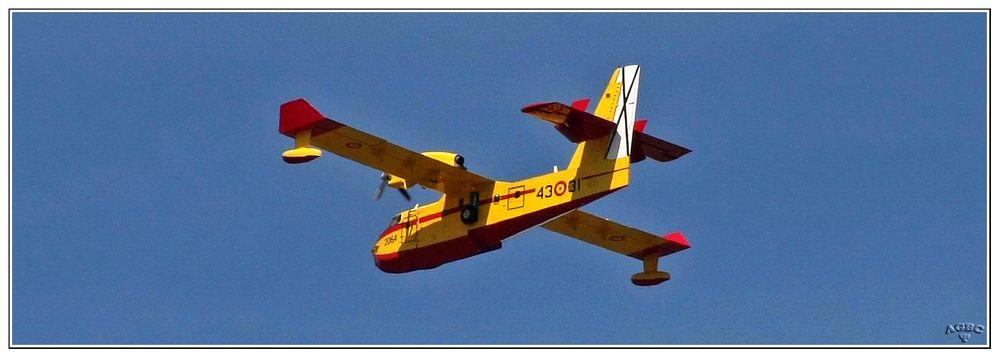 Avion contraincendios