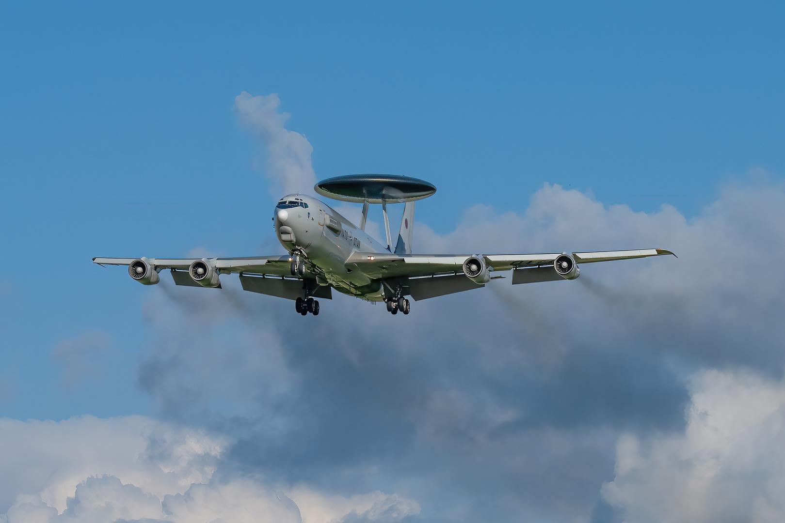 AWAC I Boing 707-320