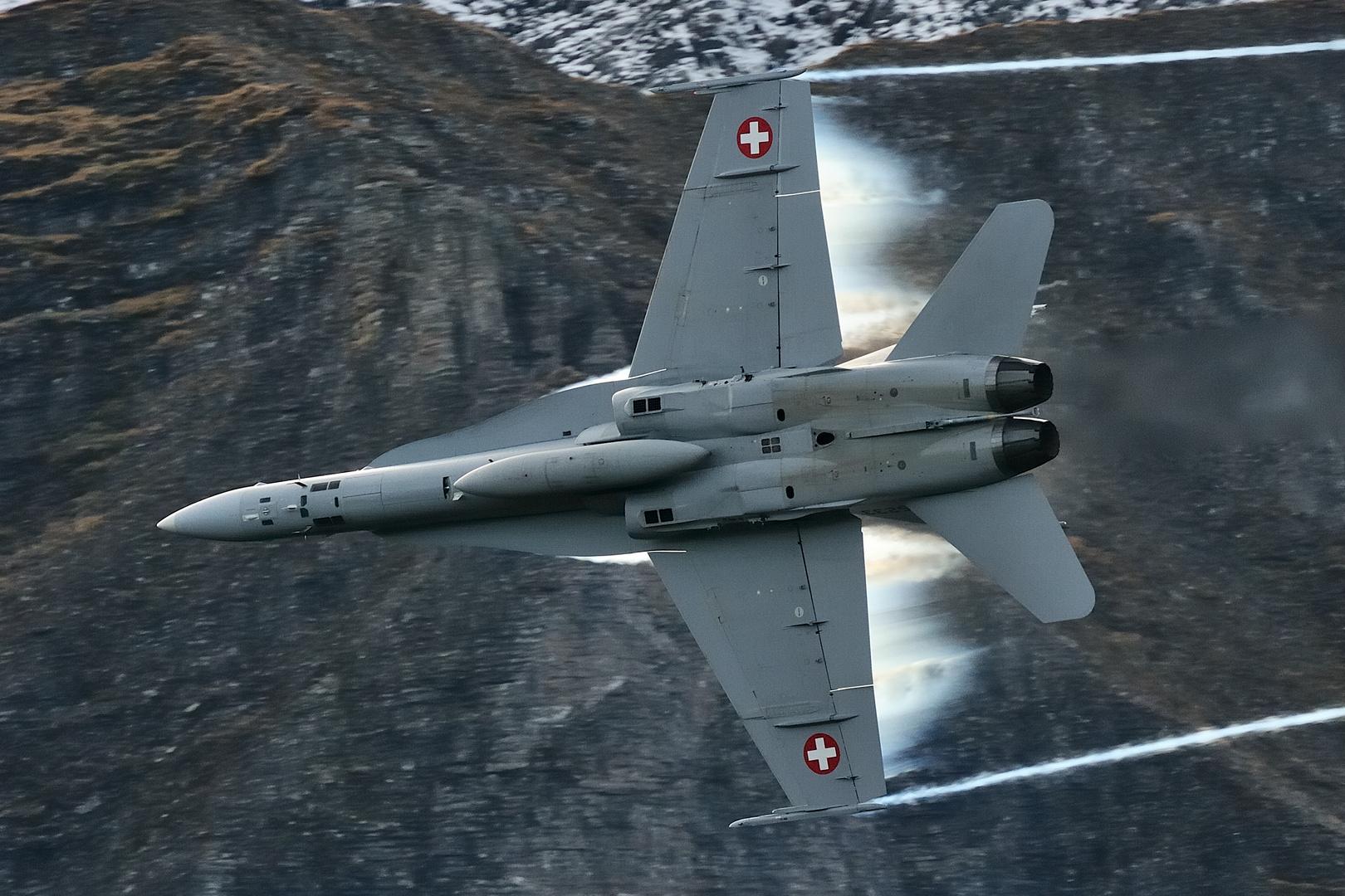 Axalp 2012 F/A-18 Hornet