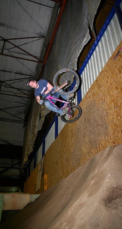Axel Lehmkuhl Wallride Tabletop off