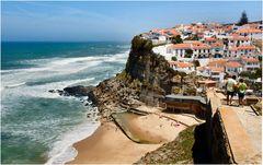 «Azenhas do Mar»...Weg zum Strand.