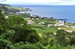 Azoren - Blick auf Praia do Almoxarife auf der Insel Faial