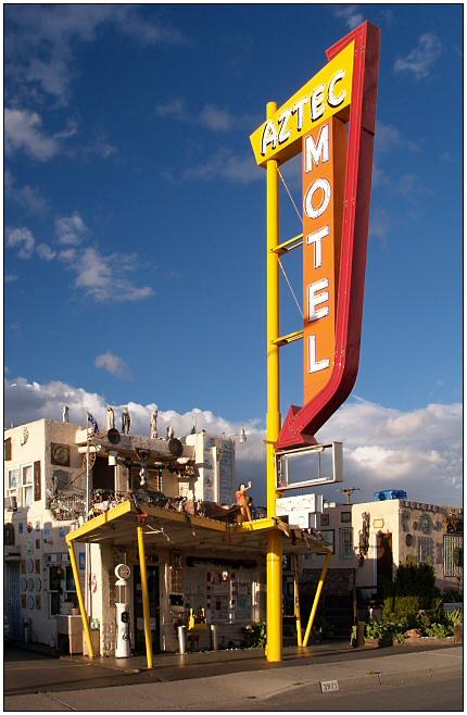 Aztec Motel @ Route 66