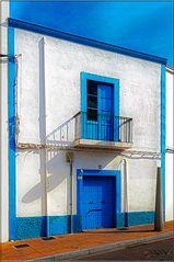 Azul y blanco? Blanco y azul? ²