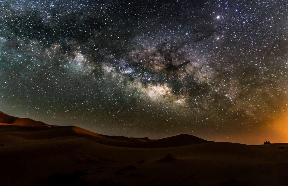 Erg Chebbi y su Via Láctea de Julián Nieves