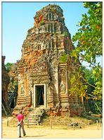 Backsteinturm des Tempels Lolei...
