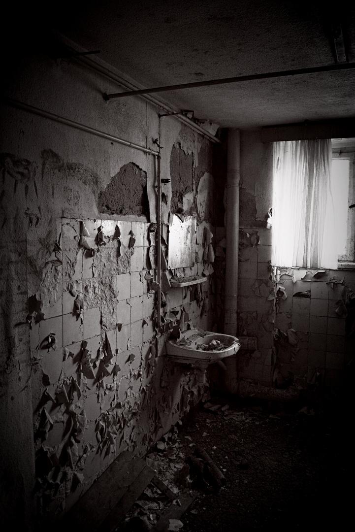 Bad - altes Psychiatrisches Krankenhaus Großörner