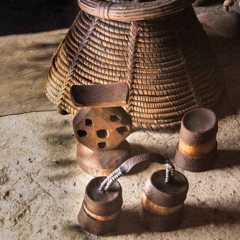 Bad- und Schlafzimmer Ausstattung einer Himba Hütte Foto & Bild ...