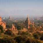 Bagan im Abendlicht