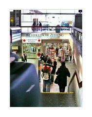 Bahnhof Elberfeld ... (merrily merrily merrily life is but a dream)