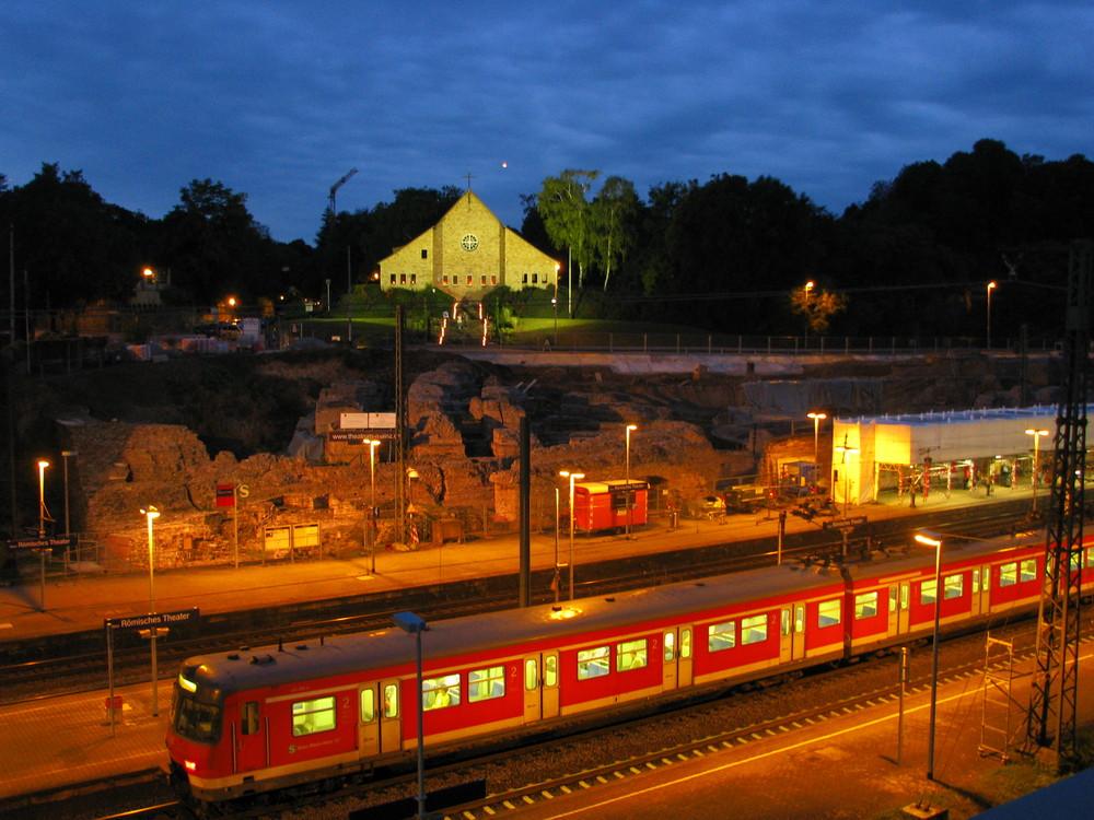 Bahnhof Römisches Theater und Lutherkirche Mainz