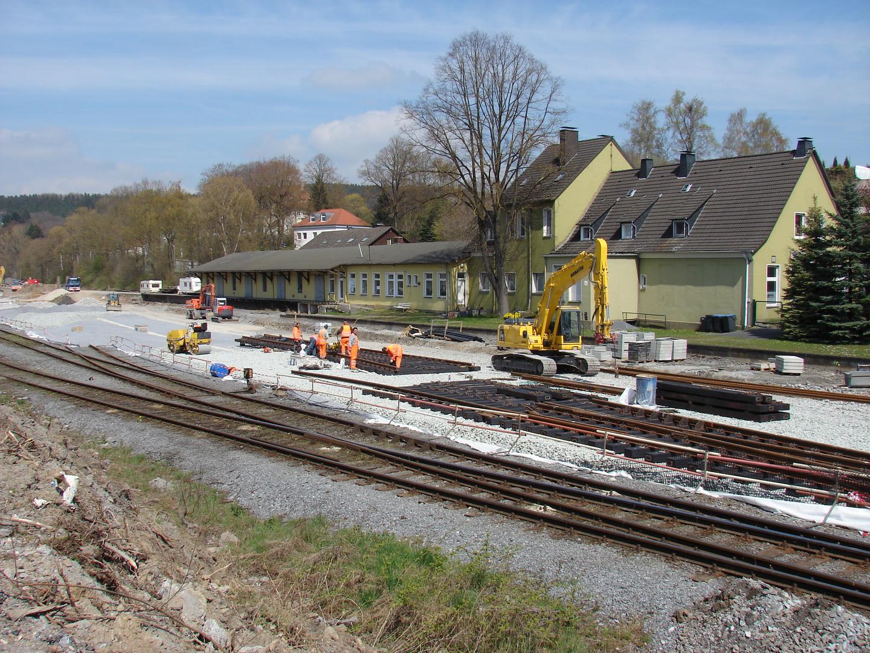 Bahnhof Warstein - Der Neuaufbau beginnt