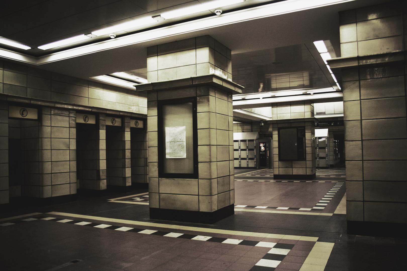 Bahnhof-Zoo